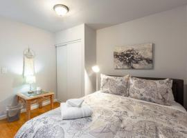 @ Marbella Lane 2BR House in Downtown Redwood City, hotel in Redwood City
