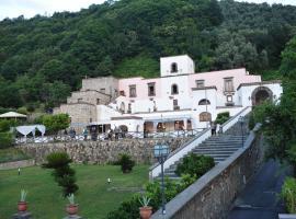 Villa della Porta - Dimora Storica, hôtel à Vico Equense