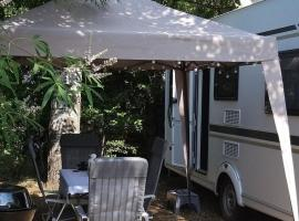 Seagull Caravan, budget hotel in Alexandroupoli