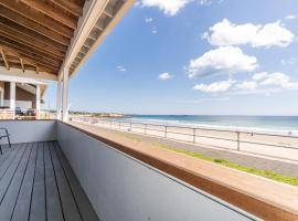 Ocean Front Cottage - Long Beach