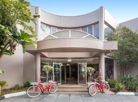 Kimberley Gardens Hotel, Serviced Apartments and Serviced Villas, hótel í Melbourne