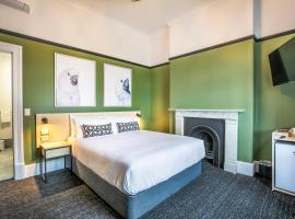 Nightcap at Exeter Hotel