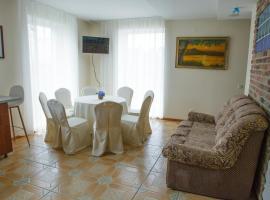 Entire house in Trakai, viešbutis mieste Trakai