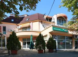 Хотел Акрополис