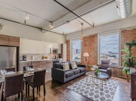 Regal Stays Corporate Apartments - Downtown Dallas