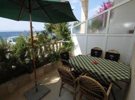 Apartments by the sea Podgora, Makarska - 6713