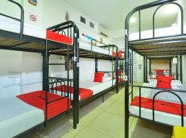 RedDoorz Hostel @ Lavender