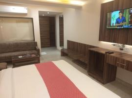 Hotel Moti Palace, hotel near Agra Fort Railway Station, Agra