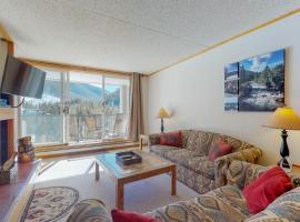 Pines Condominiums 2095