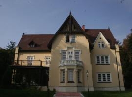 Festetich Kastélyszálló és Zsuzsanna Hotel