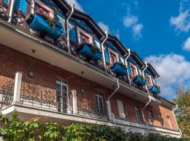 Bronzovy Kaban Avtorsky Hotel Voronezh Center