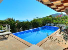 Kalkan Villa Sleeps 6 Pool Air Con WiFi