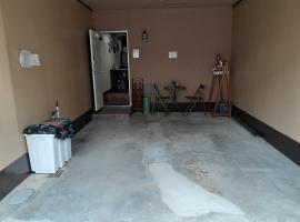 Casa Bella USJ House and lot with Garage วิลลาในโอซาก้า