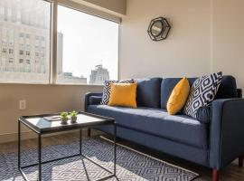 Classy 1BR Apt w/Views near Power & Light District