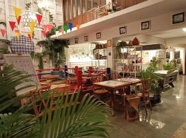 Fun Cafe & Hostel Bangkok