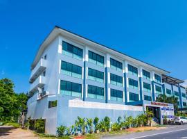 OYO 344 De Blue @ Sea Rawai Hotel