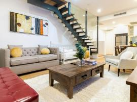 Darling Harbour Serviced Apartment 1