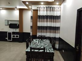 Royal Comfort Apartment, apartment in Agra