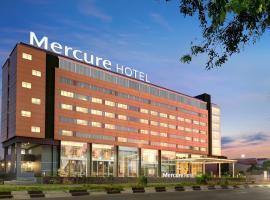 Mercure Makassar Nexa Pettarani, hotel in Makassar