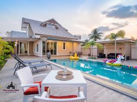 Super Fine Pool Villa in Friendly Hua Hin Village