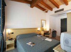 Hotel Mary, hotel in Campalto