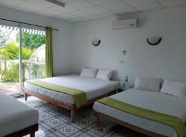 Retiro del sol, hotel in Playa Larga