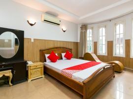 OYO 369 Minh Anh Hotel, hotel near Giac Lam Pagoda, Ho Chi Minh City