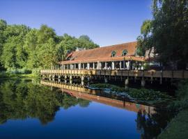 Landgoed Overste Hof, hotel near Megaland, Landgraaf