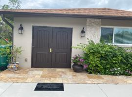 Clean lots of gadgets and modern apartment in Naples FL
