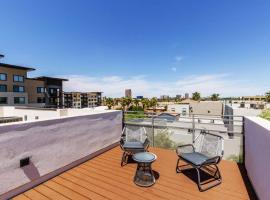 City luxury oasis! 3 level condo with 360* roof!