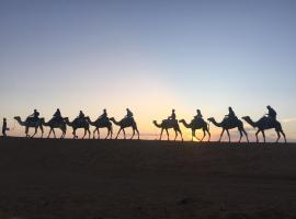 Desert Queen Camp ( typical luxury)