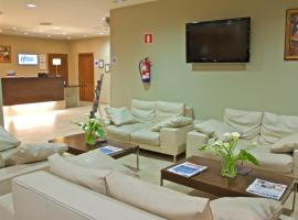 Holiday Inn Express Campo de Gibraltar-Barrios, hotel en Los Barrios