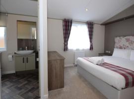 Lilac 08 Lodge, hotel in Malton