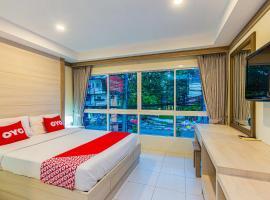 OYO 380 Jomthong Mansion
