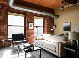 Arch, Dome, Dtown - Large Loft with Rooftop by Zencity