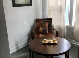 Clean, Cozy, & Modern Private Room in Awesome Neighborhood