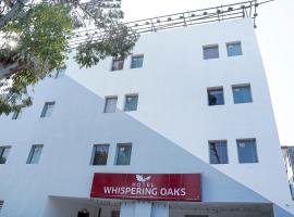 Hotel Whispering Oaks Chandigarh