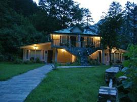 Asaka Himalayan Inspiration lodge Kasol