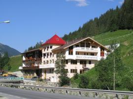 Hotel Christophorus, hotel in Kappl