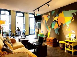 Por el Mundo Hostel