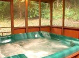 Cozy Creek Cabin