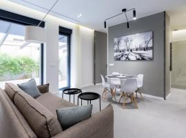 Teanna Lux Apartments