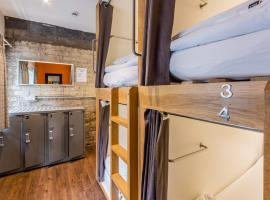 CoDE Pod Hostels - THE LoFT, budget hotel in Edinburgh