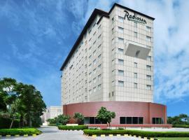 Radisson Gurugram Udyog Vihar, hotel in Gurgaon