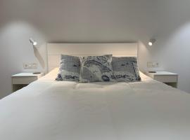 Aldamar apartamentua, hotel in Getaria