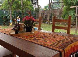 Kepompong Bogor, pet-friendly hotel in Bogor
