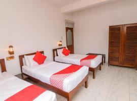 OYO 373 Grand Kandy Villa