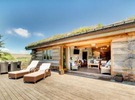 Bere Alston Villa Sleeps 8 with WiFi