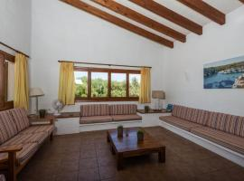 Binibequer Vell Villa Sleeps 9 with Pool and Air Con