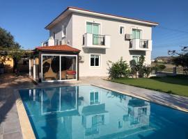 Villa la Vera, hotel in Oroklini